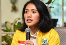 Photo of Puteri Komarudin: Pinjaman Online Meningkat, Perlu Payung Hukum tentang Fintech