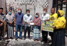 Photo of Fraksi DPRD Golkar Kab. Boalemo Beri Bantuan bagi Korban Kebakaran di Desa Tapada